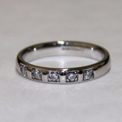 half-eternity-rbc-dia-18ct-white-gold-ring