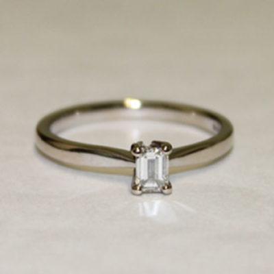 single-stone-0-50ct-emerald-cut-18ct-white-gold-ring