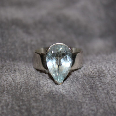 Pear shape diamond ring in silver